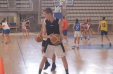 Thumbnail entraînement de basket-ball pour ados en Espagne