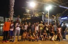Thumbnail les campeurs de la colonie d'été ISC Spain, visitant le port d'Alicante