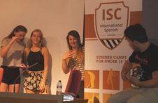 Thumbnail les campeurs ISC Spain, chantant avec un artiste espagnol de flamenco