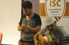 Thumbnail un groupe de Flamenco lors de la soirée flamenco de l'ISC Spain