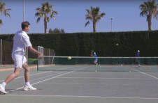 Thumbnail entraînement de tennis par les campeurs internationaux de l'ISC Spain